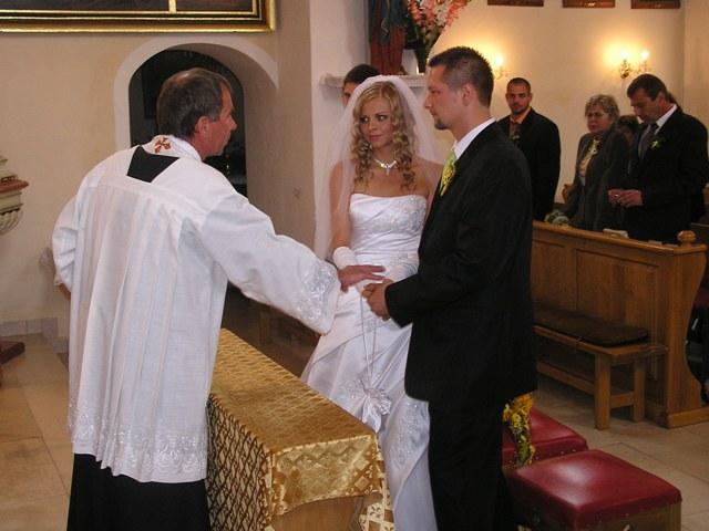 Co bůh spojil...pan farář neměl chybu, byl vtipný a měl k nám velmi osobní přístup...