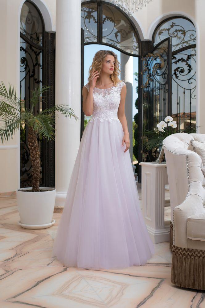 Svadobné šaty v salóne Brigit Boutique - Luciana