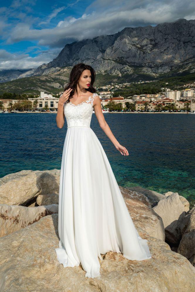 Svadobné šaty v salóne Brigit Boutique - Esme