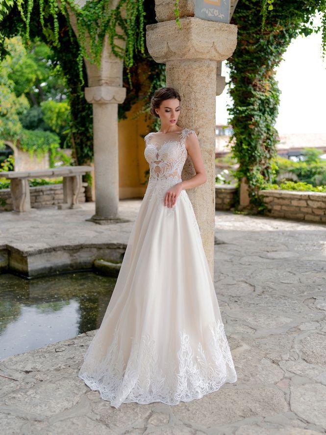 Svadobné šaty v salóne Brigit Boutique - Rosalino