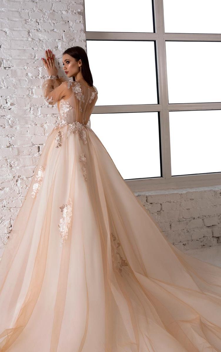 Svadobné šaty v salóne Brigit Boutique - Lisa