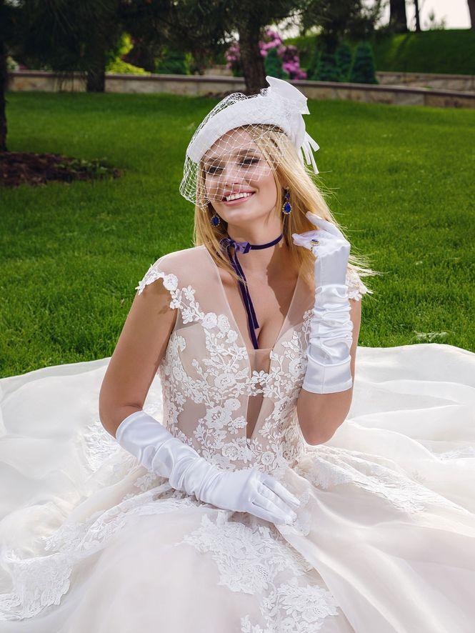 Kolekcia pre plnoštíhle nevesty ♥ - Obrázok č. 11