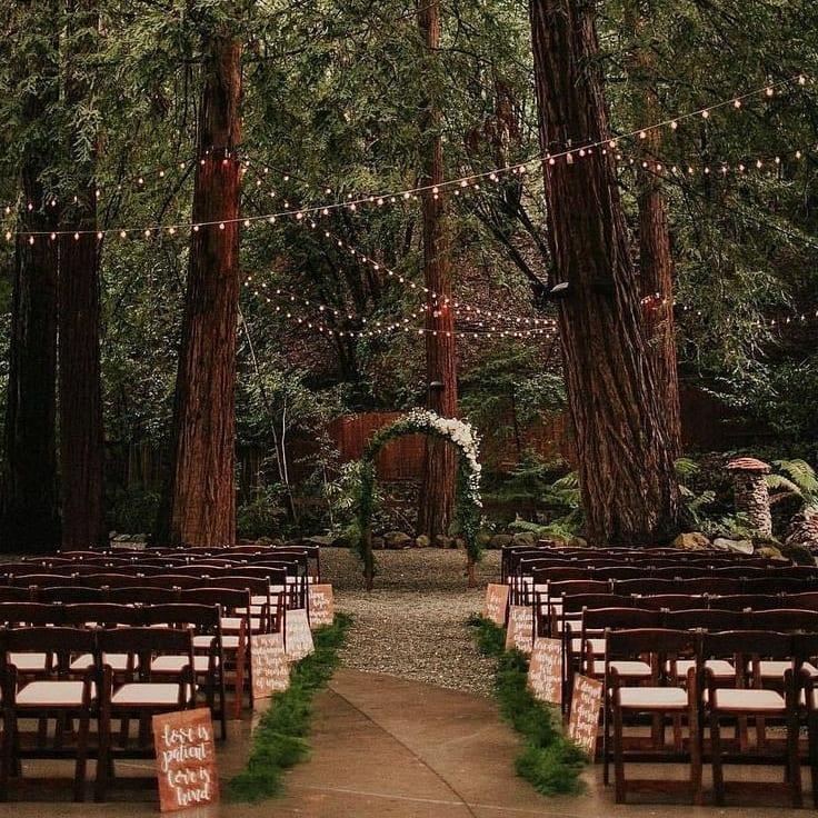 Túžite po svadbe v lese či na lúke? 🌲🌿 Takáto svadba má neobyčajnú atmosféru. 🥰❤ - Obrázok č. 3