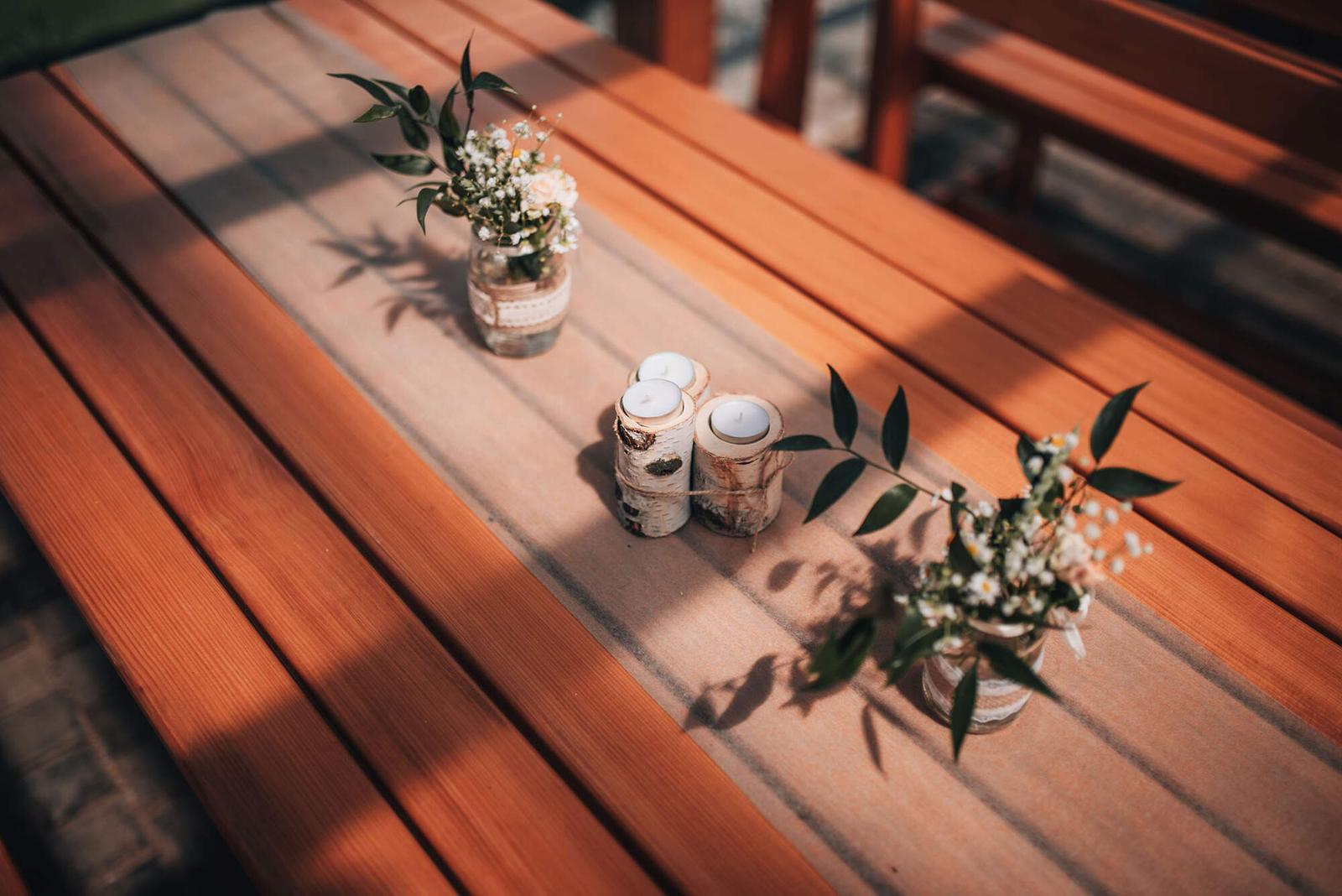 Netkaná nextilie bílá a kávová - Obrázek č. 1