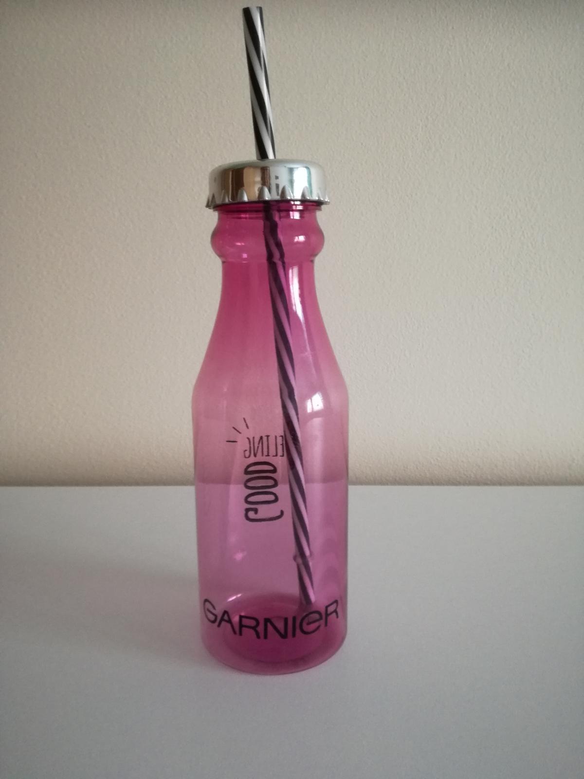 Fľaša so slamkou - Obrázok č. 2