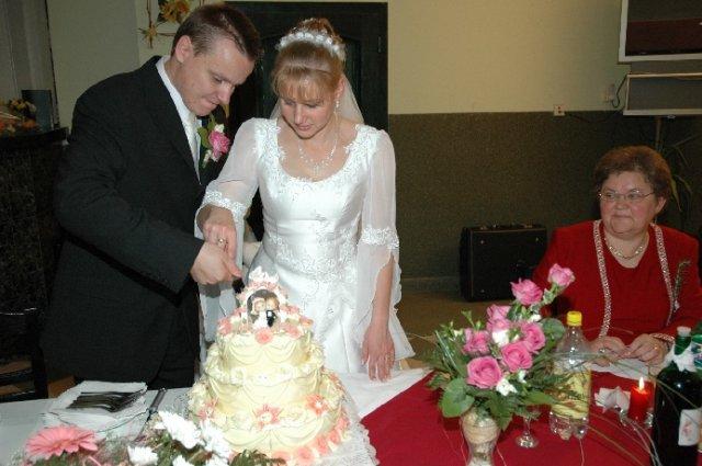 Saška{{_AND_}}Gabriel - krájame našu tortičku