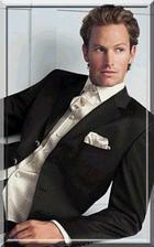oblek - jen košile, kravata a vesta je laděna do barvy mých šatů