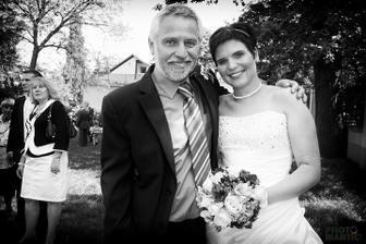 s tatínkem - tuhle fotku prostě miluju :)