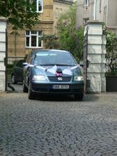 autíko ženicha