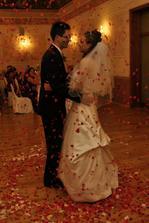 prvy manzelsky tanec so srdieckovym lupienkovym ohnostrojom :-)