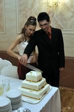krajanie svadobnej torty, mnam, mnam