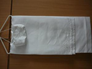 kabelka s šálem k šatům