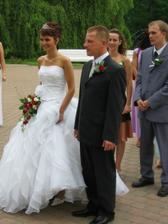 Svatební kytičku nechal vázat sám ženich... Byla nádherná ....