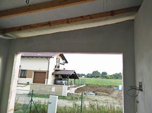 Este zateplit strop garaze