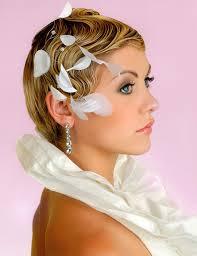Svadobné účesy pre krátke vlasy - Obrázok č. 15