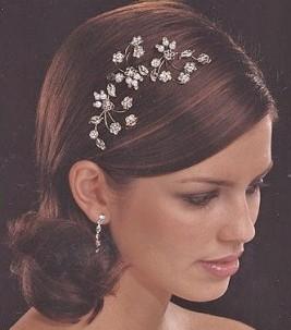 Svadobné účesy pre krátke vlasy - Obrázok č. 27