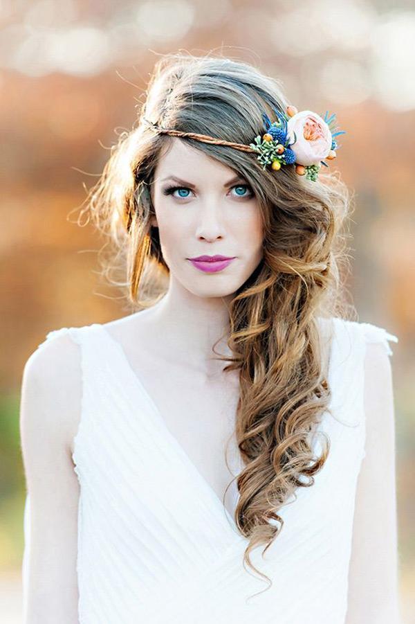 Kvetinové čelenky vo svadobnom účese - Obrázok č. 13