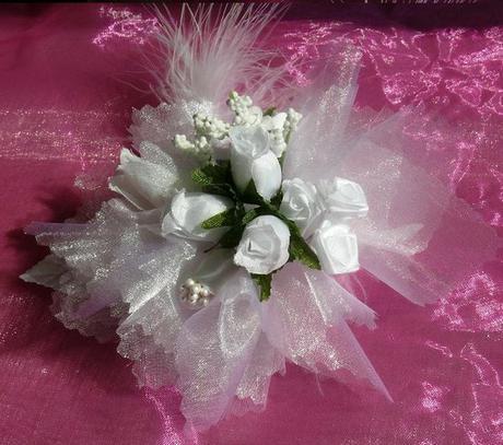 Kvetinový náramok N001 - biela - Obrázok č. 1