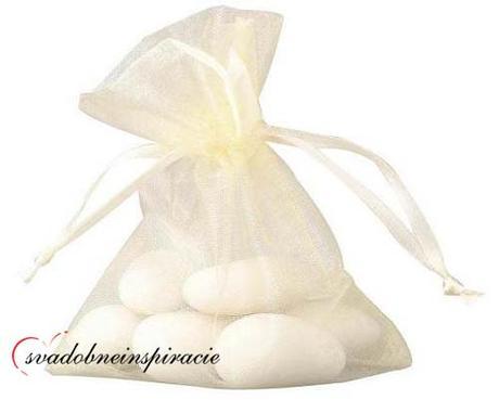 Vrecúška na darčeky - SMOTANOVÉ 7,5x10 cm (20 ks) - Obrázok č. 1