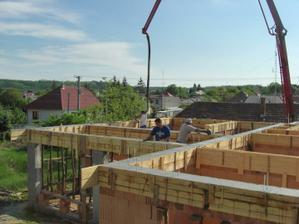 Betónovanie venca 10.05.2012