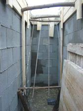 Budúce schodisko z garáže do pivnice