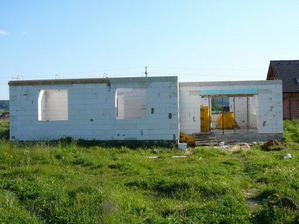 .. květen 2007 - hrubá stavba ..