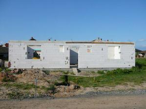 .. květen 2007 - hrubá stavba I. ..