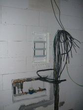 .. listopad 2007 - vodoměr + elektrika ..