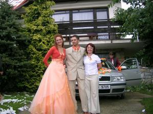 My s kamarádkou Květuškou, táta v pozadí