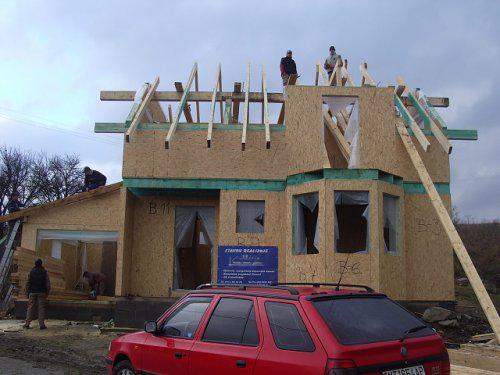 Nas dom - konecne sa robi krov aj na dome