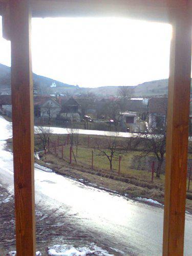 Nas dom - nas vyhlad z balkona na dedinu