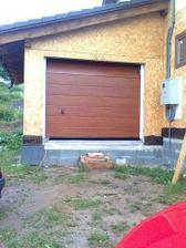 huraaa garazove dvere su uz namontovane