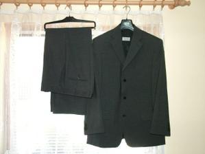 ženichův obleček