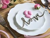 Dekoračný nápis Love strieborný (6ks),