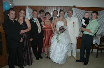 nevestina rodina chýba jeden brat strigôň :)