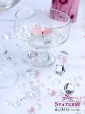 tyhle diamantky na svatební stůl budou určitě ;)