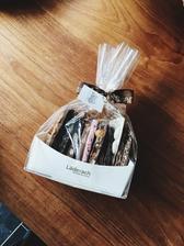 Najlepsia cokolada na svete.. darcek od novych susedov 😍😍😍❤️❤️❤️😊
