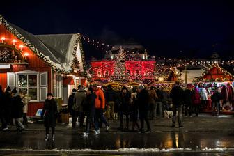 Weihnachtsdörfli v Zürichu ( vianocna dedinka)