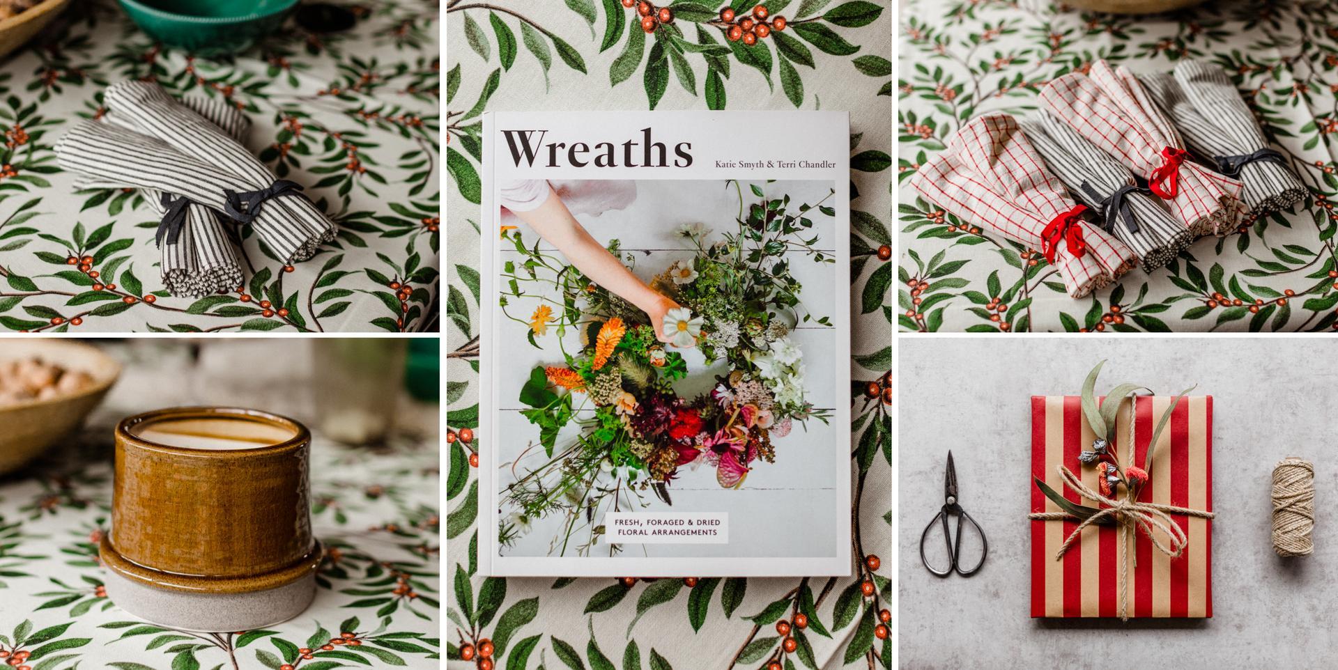 Vianoce 2020 - moje darceky. jedna vaza na kvety, kniha, servitky latkove (milujem tu bavlnu z h&m home, musela som kupit :-D ) a este dve krasne mudre knizky. tacky manzo dal uz v lete lebo som potrebovala :-D a samozrejme obrus tiez  <3