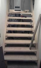 nase nove schody