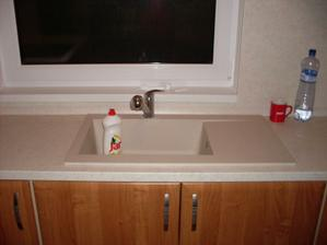 neskutočne veľké umývadlo :)