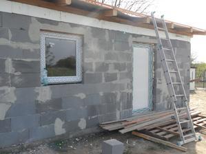 osádzame okná a dvere