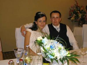 Kytica a novomanželia