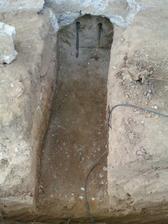 zaklad pre schodisko (navrtane do povodneho zakladu (22cm Gulatina do hlbky 40cm)