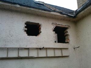 zvacsovanie okna a vyrovnanie otvoru v technickej a kupelni