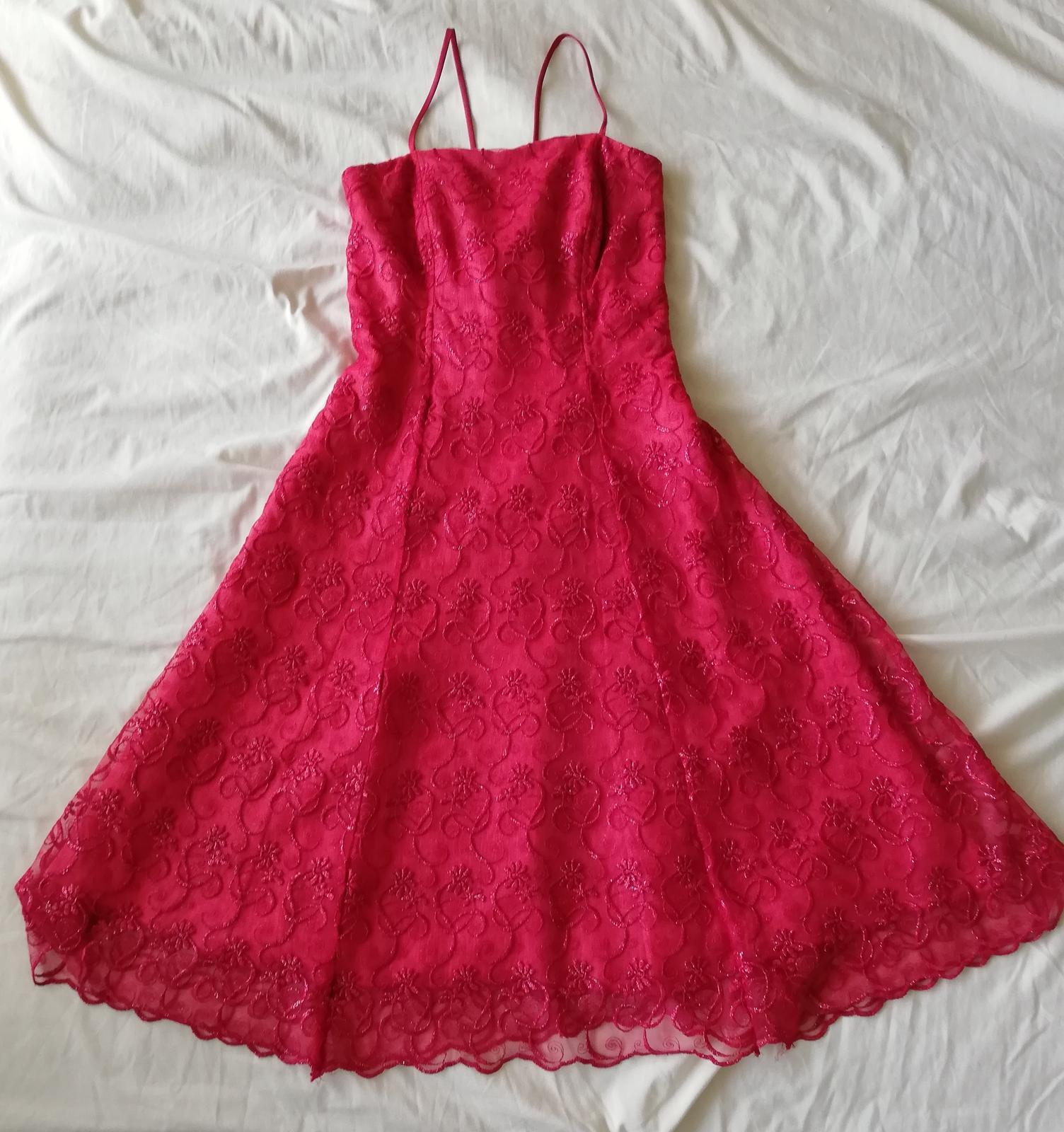 Spoločenské šaty s čipkou - Obrázok č. 1