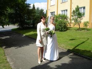 se sestrou, mojí svědkyní / with my sister