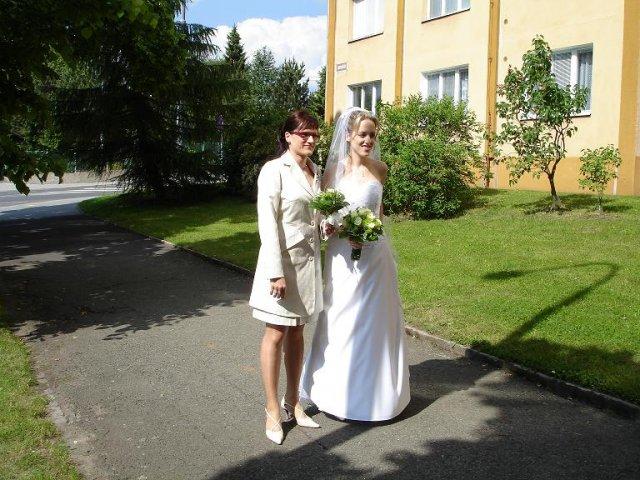 Radka{{_AND_}}Jan - se sestrou, mojí svědkyní / with my sister