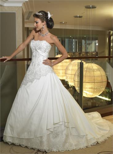 Svadobné šaty SUZANNE VIDAL od Maggie Sottero - Obrázok č. 1