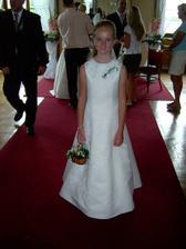 sestřenka nevěsty - družička Eliška